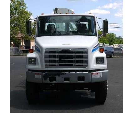 8902 - 2003 Freightliner Fl70; National Knuckleboom Model N65a; 5 Ton is a 2003 Crane Truck in Hatfield PA