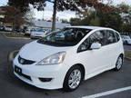 2009 White Honda Fit