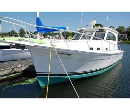 2018 Choice Slips available is a 32 foot 2018 Boat in Warwick RI