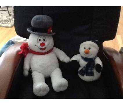 Stuffed Snowmen for the Holidays is a Everything Else for Sale in Wescosville PA
