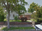 $104,600 - HUD Foreclosed - Multifamily (2 - 4 Units) - Lancaster