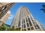 Not to be missed! **Beautiful 2 BR condo near ALL