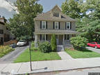 $175,000 - HUD Foreclosed - Townhouse/Condo - Woburn