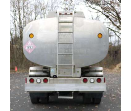 8949 - 1998 Gmc T7500 Cabover; 1999 Hutchinson Aluminum Fuel Tank is a 1998 Tank Truck in Hatfield PA
