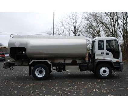 8950 - 1998 Gmc T7500 Cabover; 1999 Hutchinson Aluminum Fuel Tank is a 1998 Tank Truck in Hatfield PA