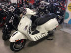 2017 Vespa GTS Super 300 ABS