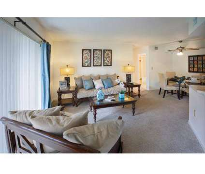 2 Beds - The Hamptons/Vinings at 1400 Avon Ln in North Lauderdale FL is a Apartment