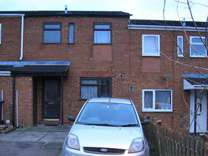 3 bed House - Mid Terrace