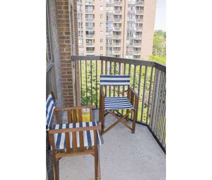 bachelor unit for sublease flexible to start from Feb 1st OR Feb 15th 2018 at 20 Deerfield Drive. in Ottawa ON is a Apartment
