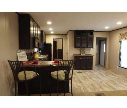 Clayton Home For Sale in San Antonio TX is a Mobile Home
