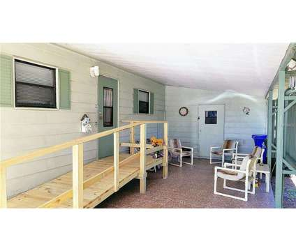 55+ Community in North Lakeland 2BR/2BA with Lots of Amenities in Lakeland FL is a Mobile Home