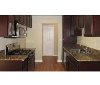 3 Beds - La Veta Grand at 401 W Lane Veta Avenue in Orange CA is a Apartment