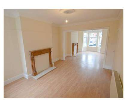 3 bed House - Terraced in Rugby WAR is a House