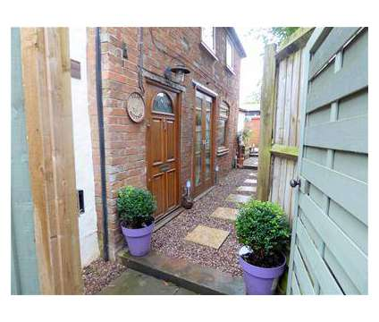 1 bed Cottage in Brinklow WAR is a House