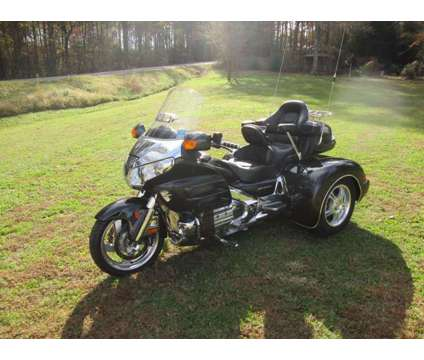 2007 Honda Goldwing Gl 1800 W/ Champion Trike Kit Conversion is a 2007 Motorcycles Trike in Rome GA