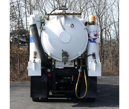 8960 - 2012 International 4400sba; Vacmaster Vnds6000 Vacuum Excavator is a 2012 Tank Truck in Hatfield PA