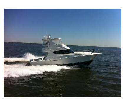 Silverton 2007 45C is a 2007 Yacht in Lindenhurst NY