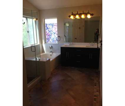 $2850 / 4br - 2070 sq.ft. - Huge 4 bed 2.5 bath 3 car garage house for rent in A in Antioch CA is a Home