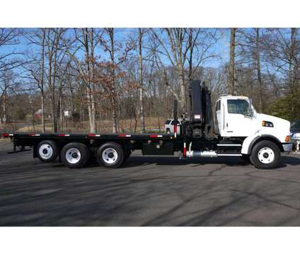 8959 - 2004 Sterling L9500; 2004 Hiab 422e-6 Knuckleboom; 14 Ton is a 2004 Thunder Mountain Sterling Crane Truck in Hatfield PA