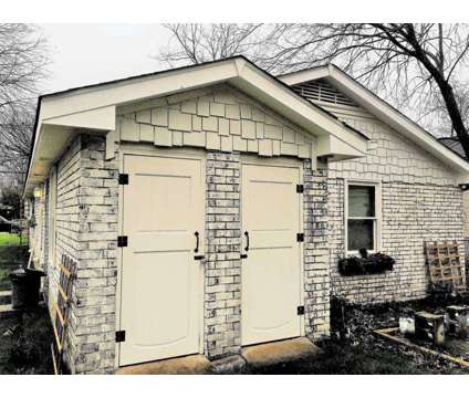 2B/1B cottage duplex near 5 points in East Nashville for rent at 1028 Mansfield Ave in Nashville TN is a Home