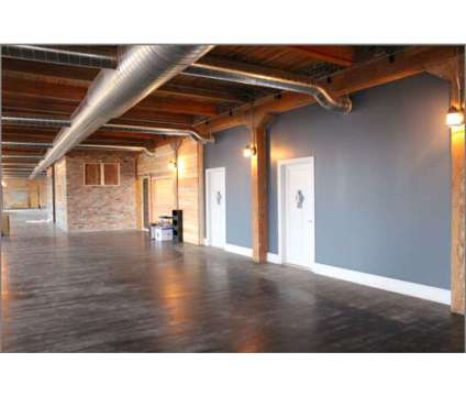 Industrial/Office/Retail Space Available! Newly Renovated at 540 W. 35th Street in Chicago IL is a Office Space