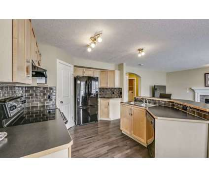 173 Everglen Crescent Sw Calgary, AB T2Y 5E6 at 173 Everglen Crescent Sw Calgary, Ab T2y 5e6 in Calgary AB is a House