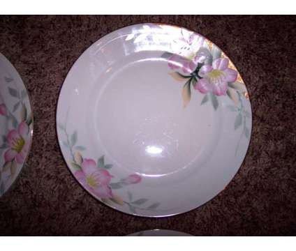 """4 Noritake Azalea 10"""" Dinner Plates - Very good condition! - $30 (Louetta & N. E is a Used Antiques for Sale in Cypress TX"""