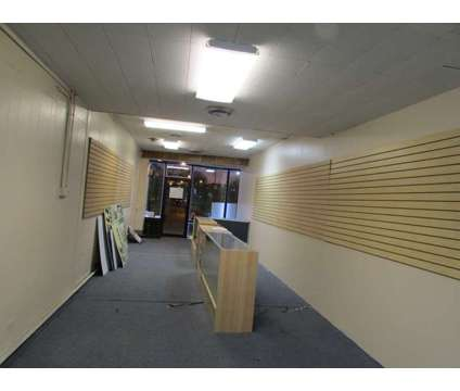 $1250 / 700ft2 - PRIME RETAIL SPACE AVAILABLE (chicago) at 4941 N. Milwaukee in Chicago IL is a Retail Property for Sale