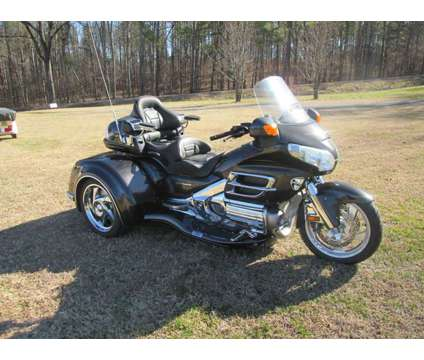 Honda Goldwing Gl 1800 W/ Csc Viper Trike Kit Conversion is a 2007 Motorcycles Trike in Rome GA