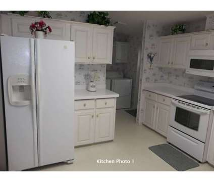 Mobile Home in 55+ Park at 586 Sundrop Circle, Ruskin, Fl in Tampa FL is a Mobile Home