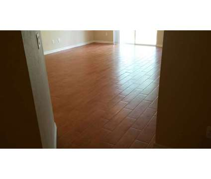3 Bedroom, 2.5 Bath Townhome for rent at 12948 Lexingto Summit St in Orlando FL is a Condo