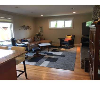 Single level mid-century modern home for sale in West Linn at 2488 Pimlico Drive in Portland OR is a Open House