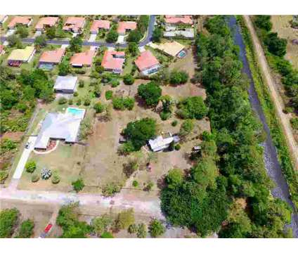 5560 59th Terrace Vero Beach Two BR, 2.2 acres zoned RS-3 to at 5560 59th Terrace in Vero Beach FL is a Real Estate and Homes