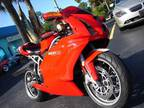 Roaring 2003 Ducati 749