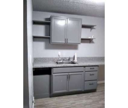 One BR - Beautifully remodeled 1/1 in the heart of Galveston in Galveston TX is a Apartment