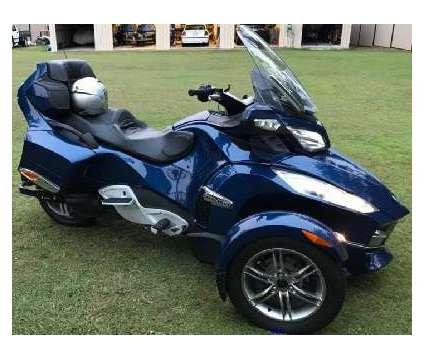 2010 Can Am Spyder RT is a Blue 2010 Can-Am Spyder Motorcycles Trike in Little Rock AR