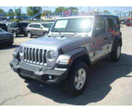 New 2018 Jeep Wrangler Unlimited 4x4 is a Silver 2018 Jeep Wrangler Unlimited Car for Sale in Jefferson City TN