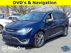 2017 Pacifica Chrysler Limited 4dr Mini-Van