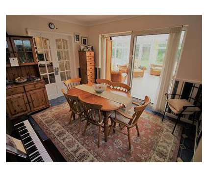 5 bed House - Detached in Rugby WAR is a House