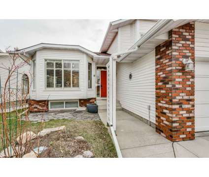 Home For Sale at 81 Shannon Circle Sw in Calgary AB is a Open House