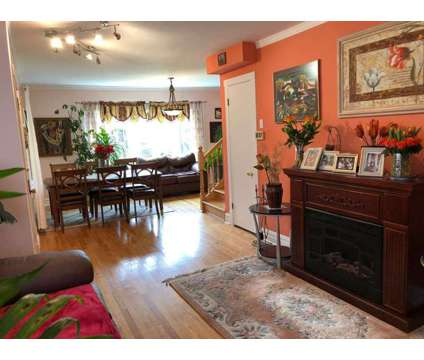 PORTAGE PARK EXTRA LARGE 7 bdrm 3 BATH HOME at 5714 W Pensacola Ave in Chicago IL is a Single-Family Home
