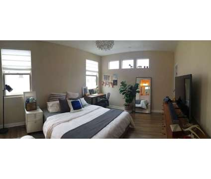 Master Bedroom, dual sink bath, walk in closet for rent at 9323 Alonra Blvd, Bellflower, Ca in Bellflower CA is a Roommate