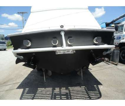 2002 EJS Viper Boats, Inc. 33' Ft Two Crusader 454 Inboards is a 2002 High Performance Motor Boat in Miami FL
