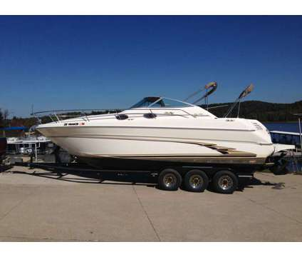 1998 SeaRay Sundancer 270 is a 28 foot 1998 Sea Ray Sundancer Motor Boat in Indianapolis IN