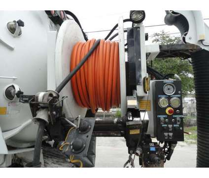 2007 Sterling LT7500 AQUATECH B-10/1300 VACUUM/JETTER COMBO is a 2007 Thunder Mountain Sterling Other Commercial Truck in Miami FL
