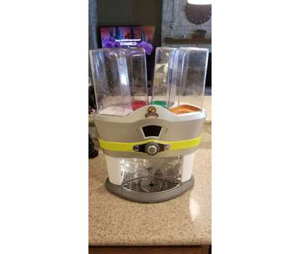Jimmy Buffet Margaritaville mixed drink maker is a Food & Produces for Sale in Georgetown TX