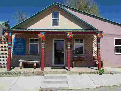 611 Terrace Ave Chama, A great location for your business in