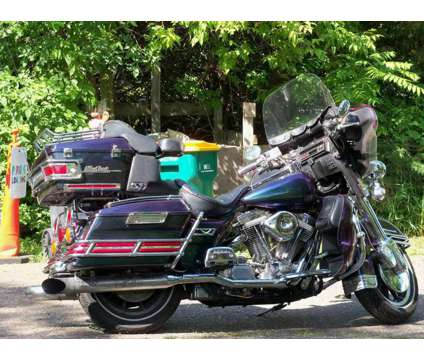 1994 Harley Davidson Ultra Glide is a 1994 Harley-Davidson Ultra Motorcycle in Minneapolis MN