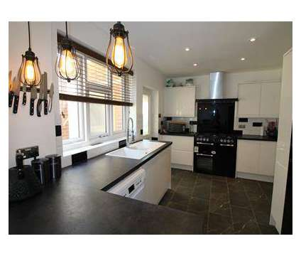 3 bed House - Semi-Detached in Rugby WAR is a House