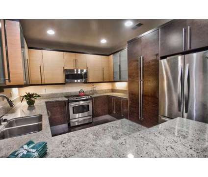 For Sale: 2 Bed 2 Bath condo in Toluca Lake at 10609 Bloomfield St in Los Angeles CA is a Condo